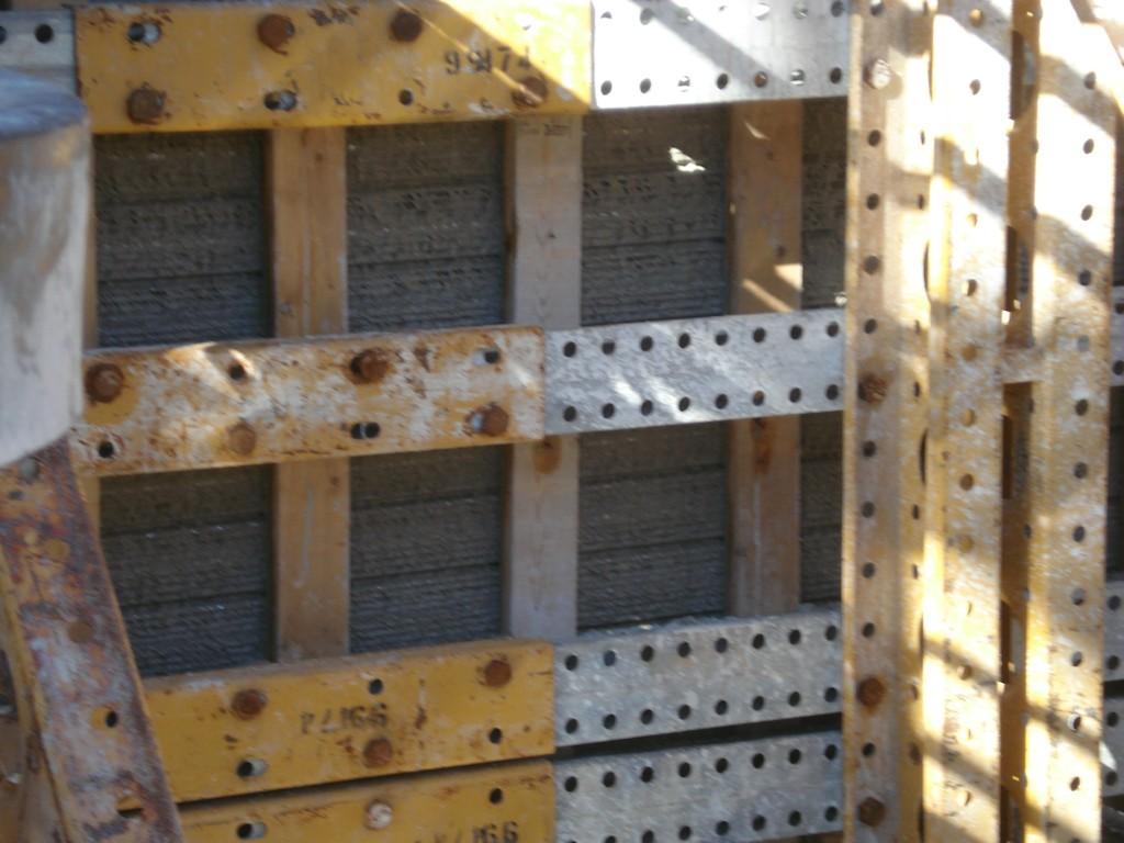 bulkhead barrier
