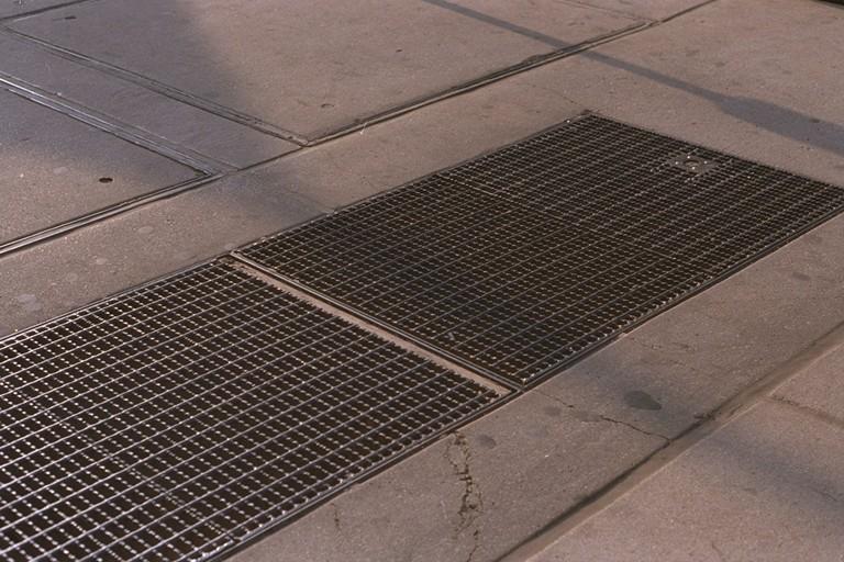 Where The Sidewalk Etiquette Ends | Penn Quarter Living